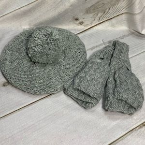 Chenille Gray Beret and Kint Gloves